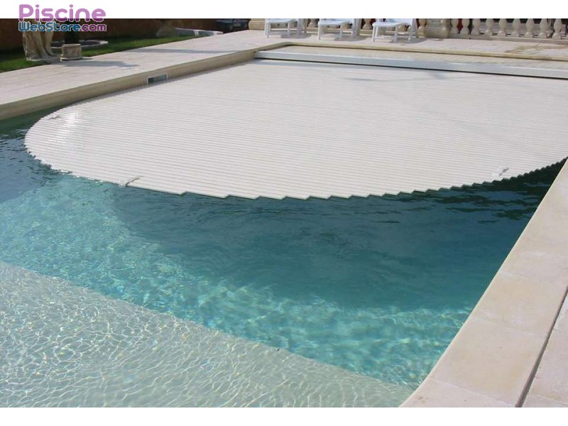 Volet de piscine automatique immerg for Rideau pour piscine