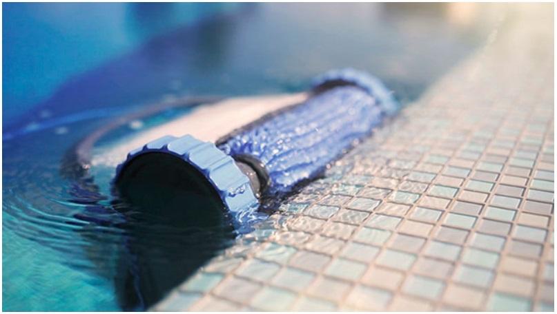 Robot piscine dolphin s200 for Avis robot piscine dolphin