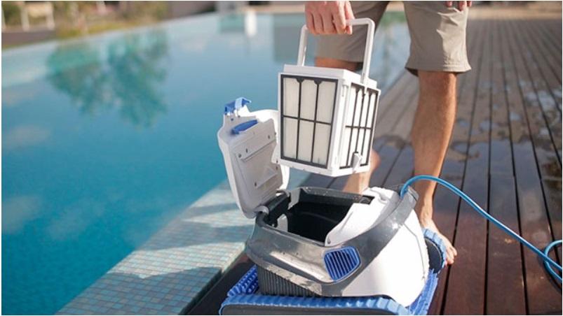 robot piscine dolphin s200. Black Bedroom Furniture Sets. Home Design Ideas