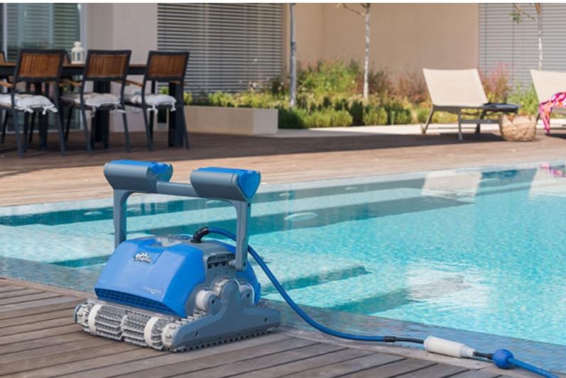 robot piscine dolphin m400. Black Bedroom Furniture Sets. Home Design Ideas